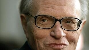 L'animateur de télévision Larry King a présenté sa dernière émission le 16 décembre 2010.
