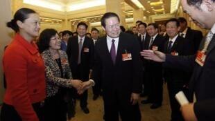 លោក Zhou Yongkang កាលពេលនៅកាន់អំណាចជាមេដឹកនាំសន្តិសុខចិន