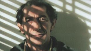فرج سرکوهی نویسنده و روزنامهنگار