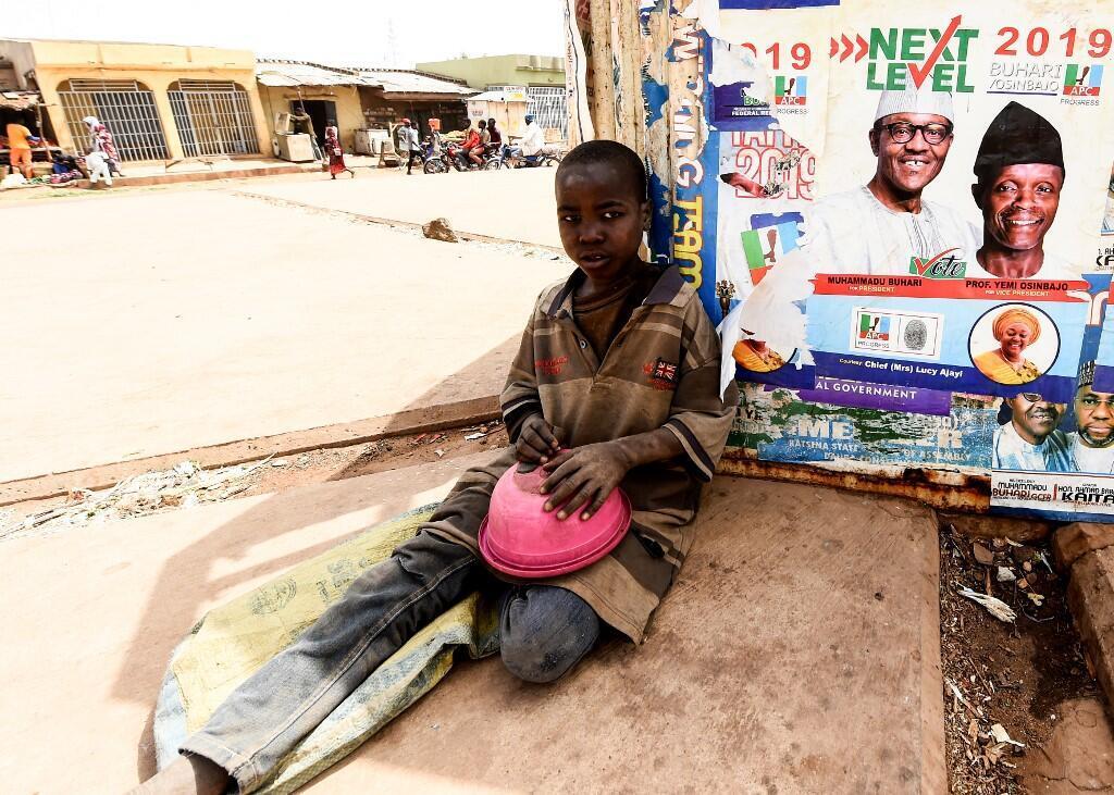 Un jeune mendiant à Daura, au Nigeria, en février 2019.