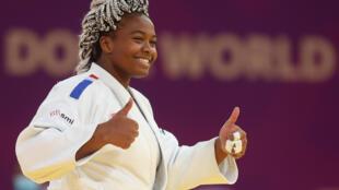 La Française Romane Dicko, victorieuse de l'Azerbaïdjanaise Iryna Kindzerska, en finale du Masters, le 13 janvier 2021 à Doha (Qatar)