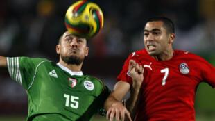 L'Algérien Karim Ziani et l'Egyptien Ahmed Fathy prêts pour le 3e acte.