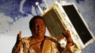 The opening of the SANSA space centre by Minister for Science and Technology, Naledi Pandor, 9 Decembre 2010.