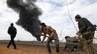 Tình hình tại Ras Lanouf vẫn chưa ngã ngũ ngày 10/03/2011