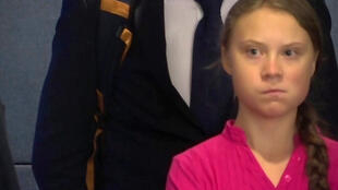 出席联大气候峰会的瑞典16岁中学生格蕾塔·通贝里批评国际领袖在气候问题上没有作为。