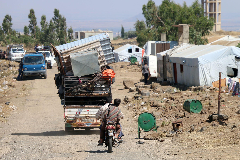 Entre los más de 38.000 desplazados de Deraa, alrededor de 15.000 son mujeres y más de 20.400 niños, según OCHA