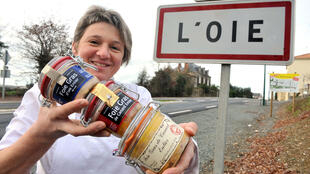 Le Sud-Ouest reste la terre de prédilection du foie gras mais on en produit aussi à L'Oie, près de La Roche-sur-Yon, en Vendée.