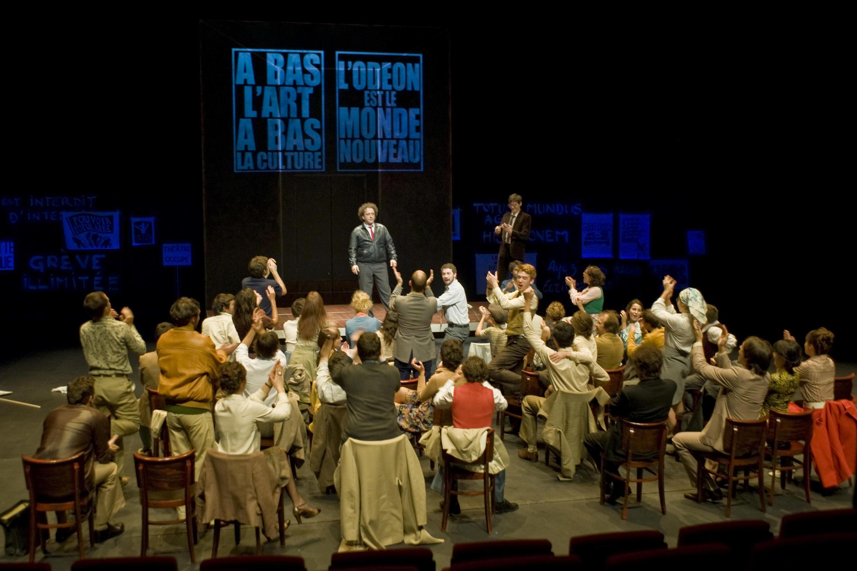 """O espetáculo """"Mai, juin, juillet"""" faz parte da programação do Festival de Avignon 2014"""