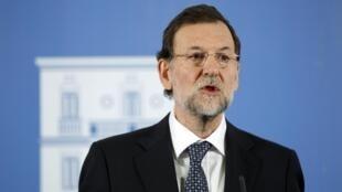Mariano Rajoy nomeou, nesta quarta-feira, Luis de Guindos, ex-presidente do banco Lehman Brothers na Espanha e Portugal, como o novo ministro espanhol da Economiada