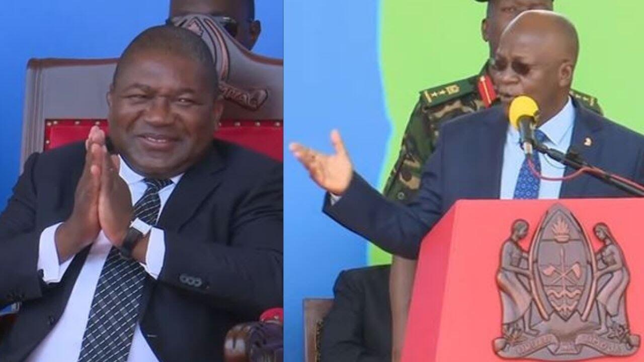 Rais wa Msumbiji Felipe Nyusi (Kushoto)  na mwenzake wa Tanzania John Magufuli (Kulia) walipokutana Chato Januari 11 2021