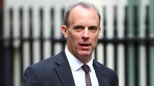 Le ministre des Affaires étrangères britannique, Dominic Raab, à Downing Street à Londres, le 14 juillet 2020.