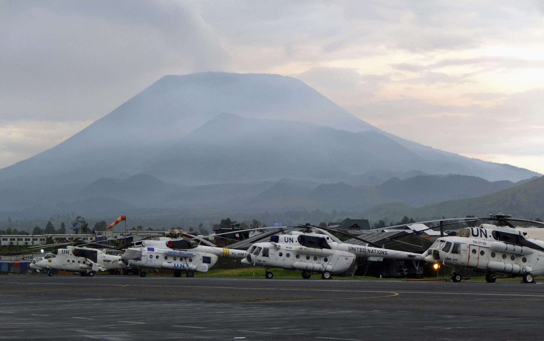 Les hélicoptères de l'ONU sur le tarmac de l'aéroport de Goma, le 29 octobre 2012.