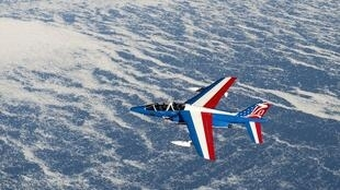 A French Alphajet flying over Greenland