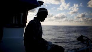 Un migrant sénégalais secouru au large de la Libye, fin novembre 2018. (Image d'illustration)