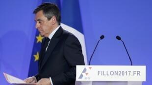 François Fillon, no final da sua conferência de imprensa. Paris, 6 de Fevereiro de 2017.