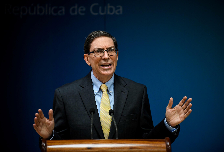 El canciller cubano, Bruno Rodríguez, habla durante una conferencia de prensa en La Habana, el 22 de julio de 2021.