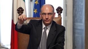 O novo chefe de governo italiano, Enrico Letta, durante a cerimônia de posse neste domingo, dia 27 de abril, em Roma.