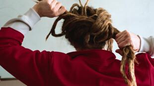Porter des dreads, ça peut être une affaire d'esthétique, de confort ou d'identité.