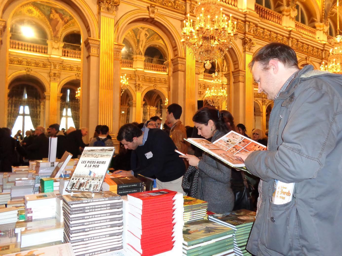 Le Maghreb des livres, c'est aussi une grande librairie, avec tous les livres consacrés au Maghreb, en langues arabe, française et tamazight.