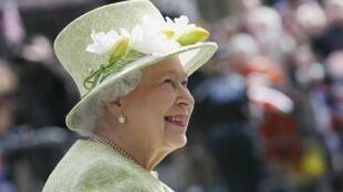 Rainha Elizabeth II completa 90 anos hoje