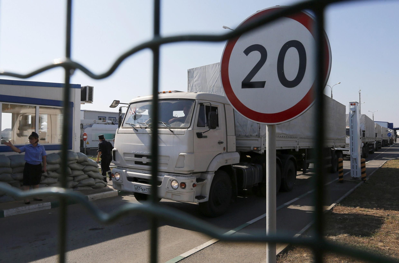 Đoàn xe nhân đạo đầu tiên trên đường trở về Nga sau khi giao hàng cứu trợ cho các thành phố đông Ukraina, Lougansk, Donetsk. Ảnh ngày 23/08/2014.