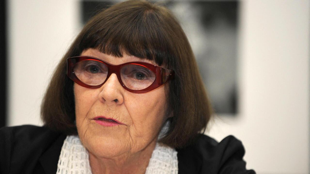 Renowned Australian portrait photographer June Newton dies at 97google-play-badge_EN