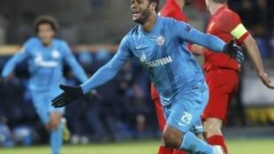L'attaquant brésilien Hulk avec le maillot  du Zenit Saint-Pétersbourg.