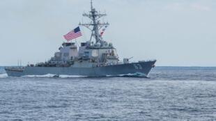 美国DDG 63驱逐舰。