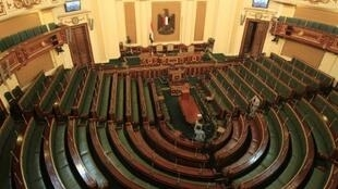 Une vue générale montre la salle de réunion du Parlement égyptien au Caire le 22 Janvier, 2012.