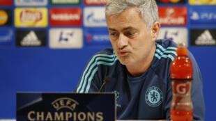 José Mourinho, antigo treinador do Chelsea.