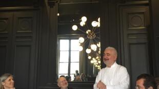 Шеф ресторана La Monnaie Ги Савуа