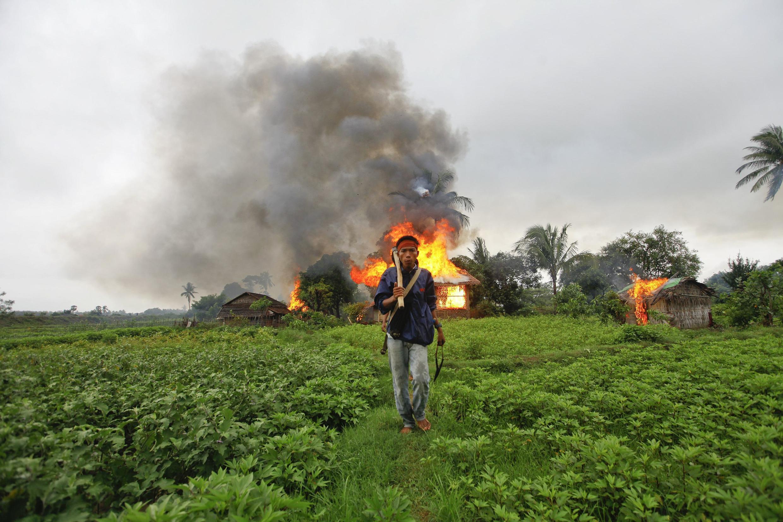 Cảnh bạo động ở bang Rakhine, làm khoảng 80 người chết trong tháng Sáu 2012. Ảnh chụp ngày 10/06/2012