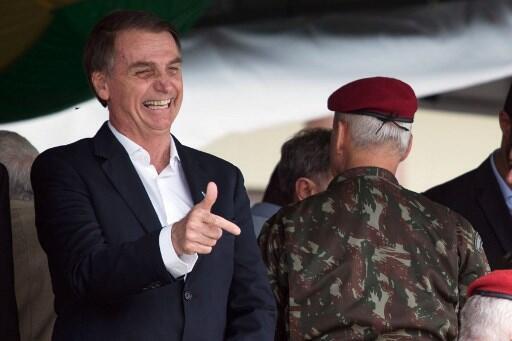 Decreto sobre posse de armas será assinado por Bolsonaro nesta terça-feira 15 de janeiro de 2019.