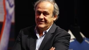 Emmanuel Macron et Michel Platini se sont rencontrés à l'Elysée, grâce à leur ami commun, le journaliste Jacques Vendroux.