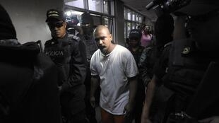 Miembro de la Mara 18 llegando al hospital de Tegucigalpa, el 24 de julio de 2012.