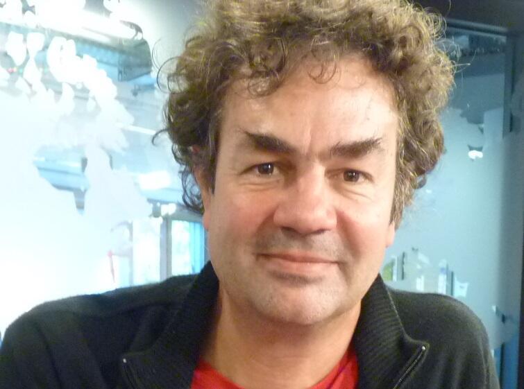 El pianista y compositor argentino Gerardo Jerez Le Cam en los estudios de RFI