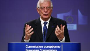 Josep Borrell habla durante una rueda de prensa virtual que dio el 31 de marzo de 2020 en Bruselas