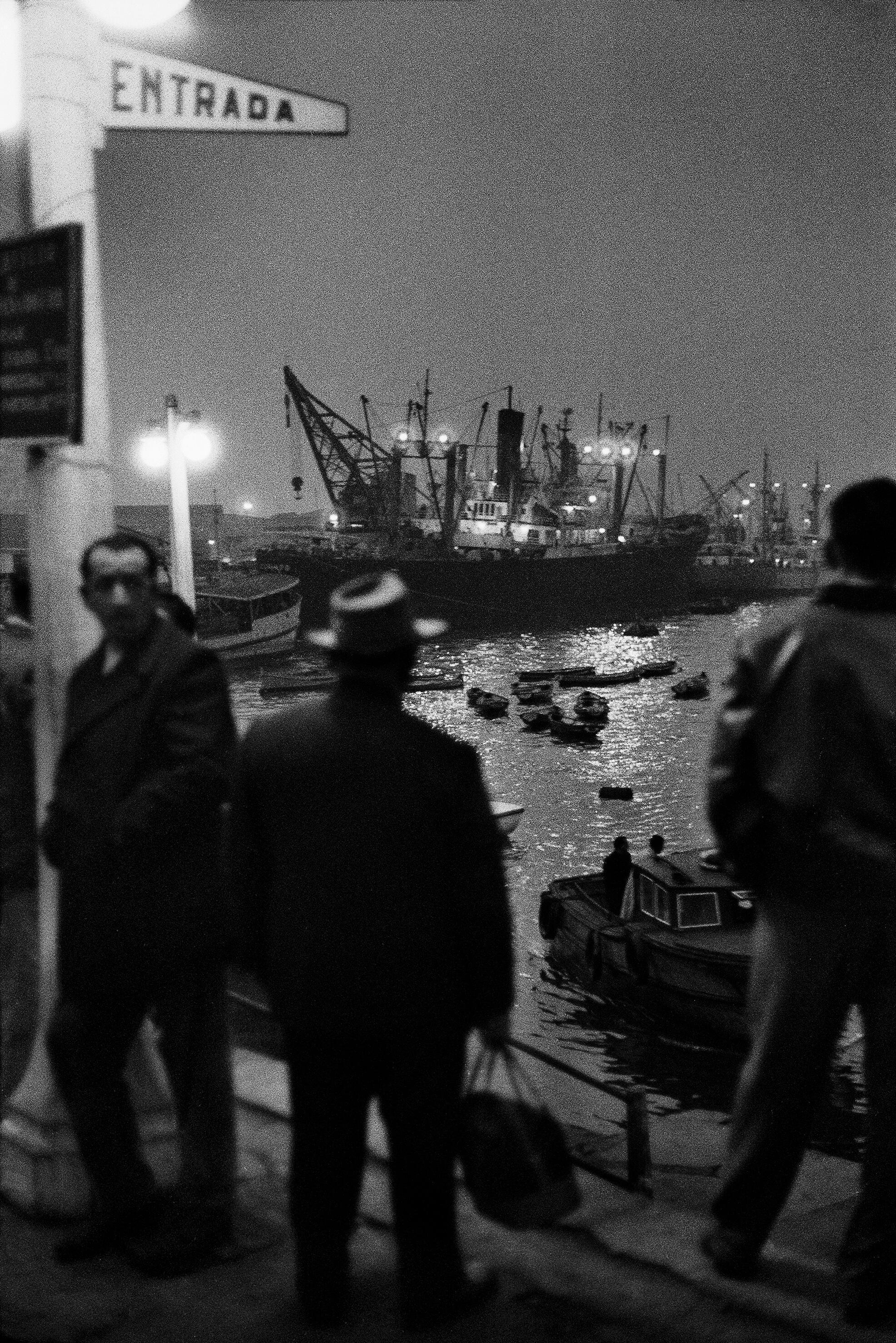 Sergio Larrain, Valparaíso, 1963. Extrait de Valparaíso (Éditions Xavier Barral, 2016) © Sergio Larrain / Magnum Photos