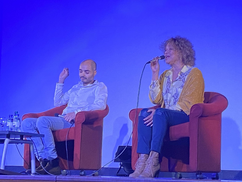 A cantora Mariana Ramos e o pianista Philippe Baden Powell. Câmara Municipal do bairro 17 em Paris, 20 de Fevereiro de 2020.