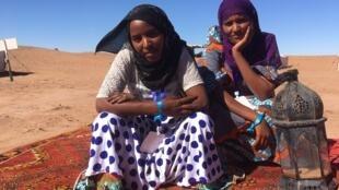 Les filles d'Illighadad (Niger), Fatou et Elaminou sont prêtes à conquérir le monde.