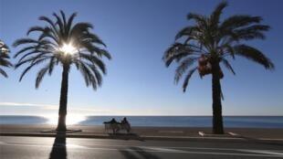 2021-02-26 france nice beach promenade des Anglais