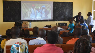 En RDC, la Monusco projete un film sur les enfants dans les conflits armés.