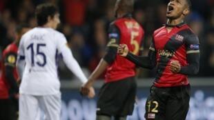 Claudio Beauvue, médio do Guingamp que apontou dois golos frente aos gregos do PAOK.