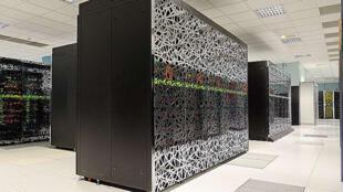 Les super-ordinateurs ressemblent à de grosses armoires capables d'effectuer de nombreux des calculs très rapidement (photo d'illustration).