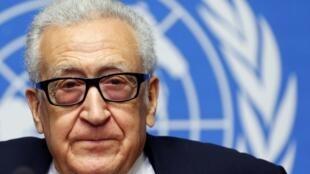 O mediador da ONU, Lakhdar Brahimi, na sede das Nações Unidas em Genebra neste sábado, 15 de fevereiro de 2014.