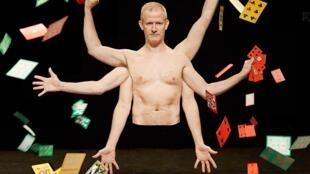 Thierry Collet lors de son spectacle «Dans la peau d'un magicien»