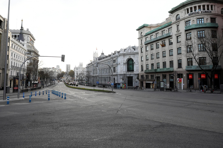 Khu phố Alcala tại thủ đô Madrid vắng bóng người vì dịch Covid-19, Tây Ban Nha, ngày 15/03/2020.