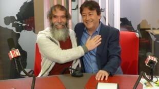 Silberius de Ura con Jordi Batallé en el estudio 51 de RFI