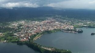 Vista aérea de Malabo, capital da Guiné Equatorial, cidade sede do Grupo B