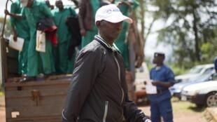 Le général Cyrille Ndayirukiye, principal instigateur du coup d'Etat des 13 et 14 mai 2015 arrive à la cour d'appel de Gitega, le 11 avril 2016.